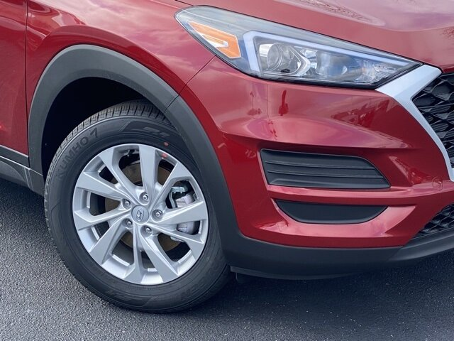 2021 Red Crimson Hyundai Tucson SE FWD 4 Door Automatic