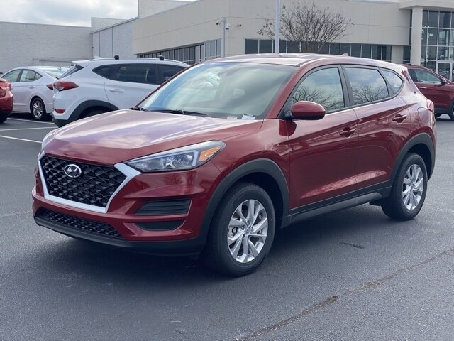 2021 Red Crimson Hyundai Tucson SE SUV I4 Engine FWD