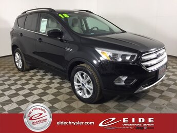 2018 Shadow Black Ford Escape SE EcoBoost 1.5L I4 GTDi DOHC Turbocharged VCT Engine 4X4 Automatic