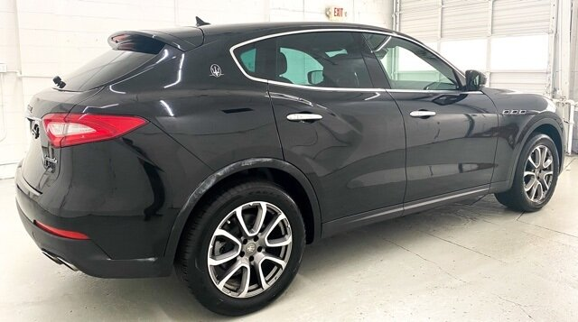 2017 Maserati Levante Base Automatic AWD 4 Door SUV