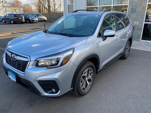 2021 Ice Silver Metallic Subaru Forester Premium Automatic H-4 cyl Engine SUV