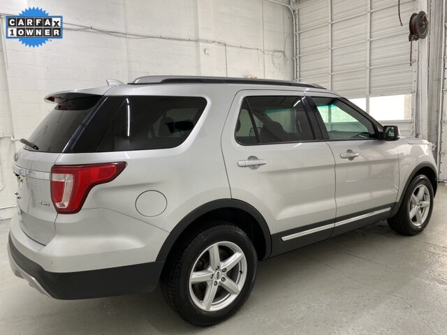 2017 Ingot Silver Metallic Ford Explorer XLT 4X4 3.5L 6-Cylinder SMPI DOHC Engine SUV Automatic 4 Door