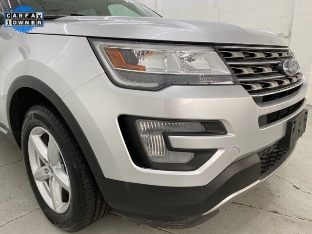 2017 Ford Explorer XLT 4 Door SUV Automatic