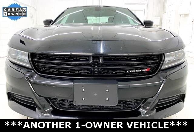 2019 Pitch Black Clearcoat Dodge Charger SXT 3.6L 6-Cylinder SMPI DOHC Engine RWD 4 Door Automatic