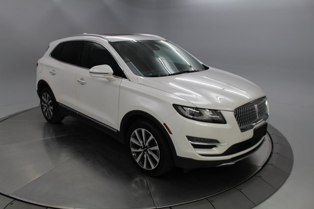 2019 Ceramic Pearl Metallic Tri-Coat Lincoln MKC Reserve SUV Automatic 4 Door AWD 2.0L I4 Engine