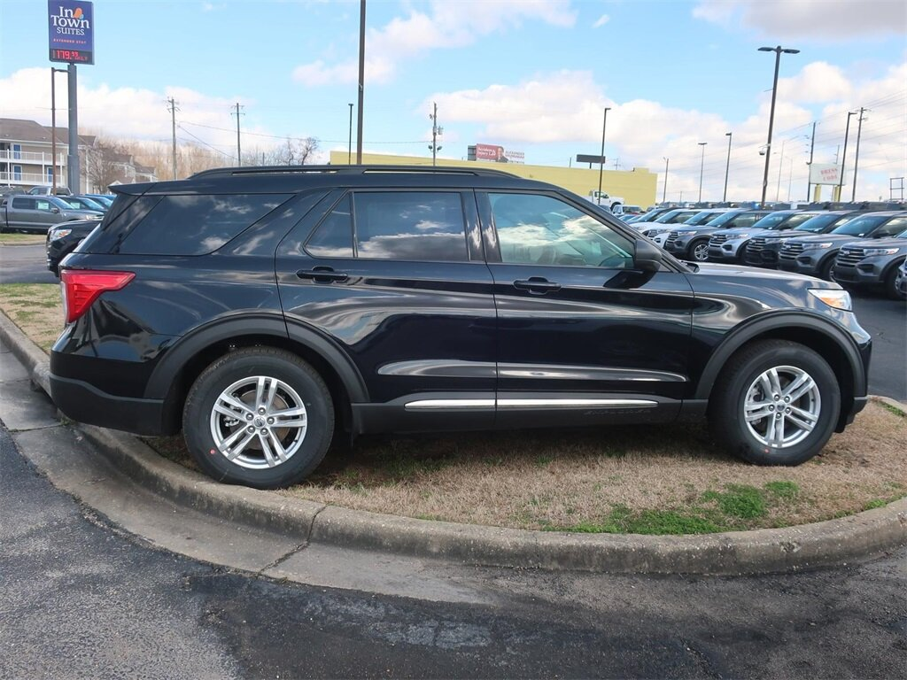 2021 Agate Black Metallic Ford Explorer XLT RWD 4 Door 2.3L EcoBoost I-4 Engine Automatic SUV