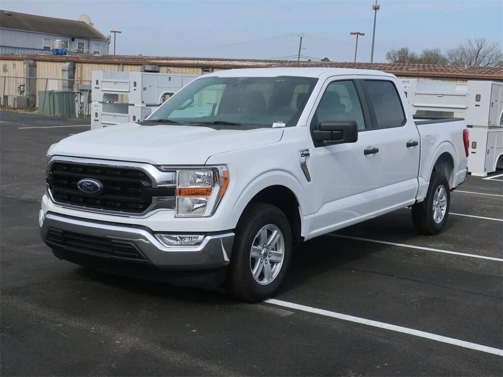 2021 Ford F-150 XLT 5.0L V8 Engine Automatic Truck RWD 4 Door