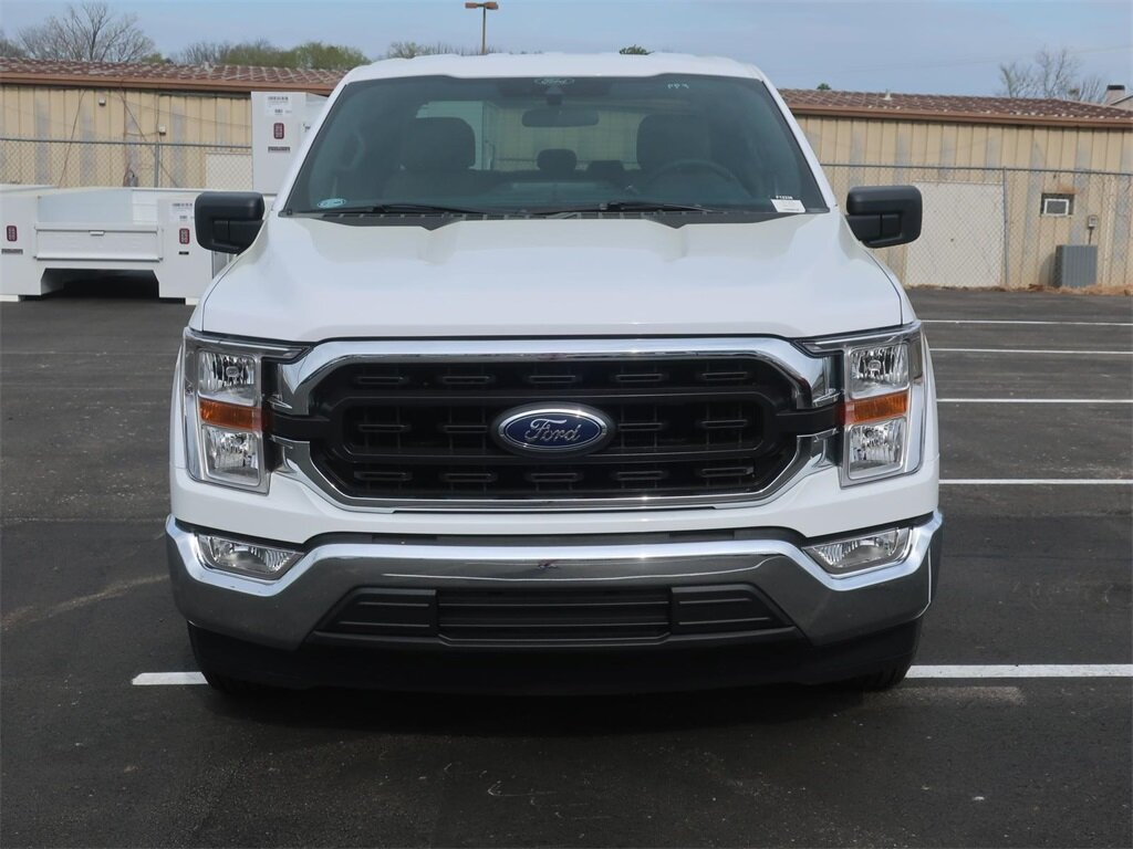 2021 Oxford White Ford F-150 XLT 4 Door Automatic Truck 5.0L V8 Engine RWD