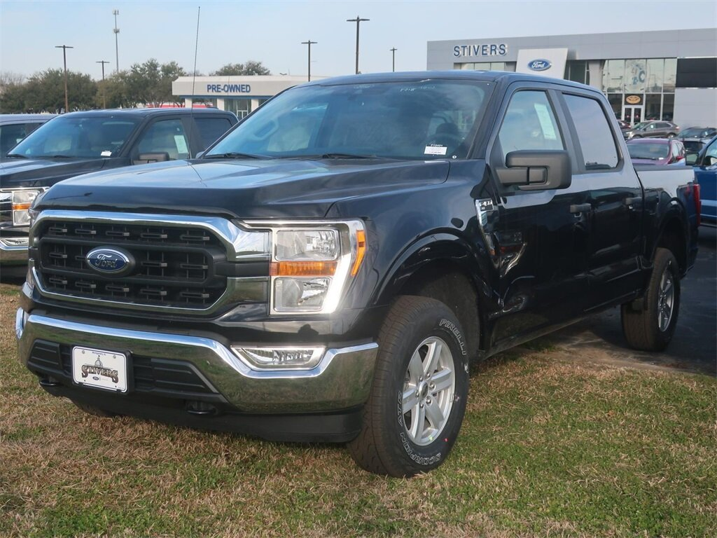 2021 Black Ford F-150 XLT Automatic 4 Door 3.3L V6 Engine 4X4