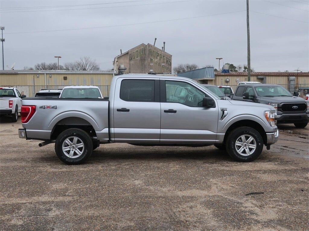 2021 Silver Ford F-150 XLT 4 Door 5.0L V8 Engine Automatic