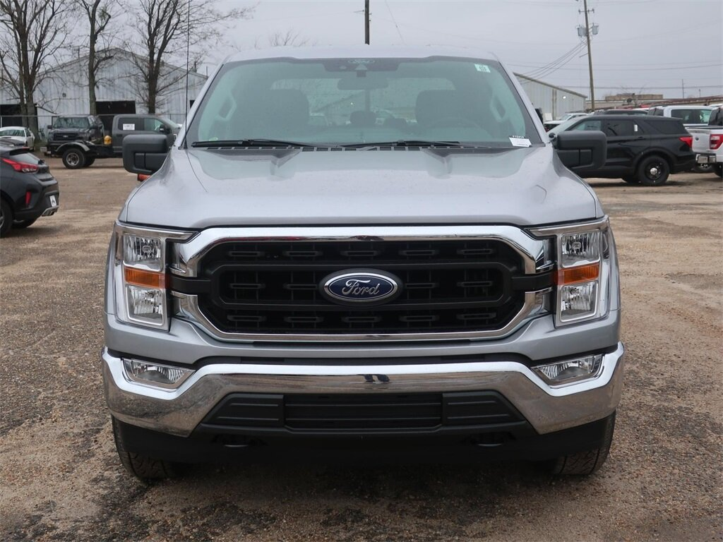 2021 Silver Ford F-150 XLT 5.0L V8 Engine Automatic 4 Door