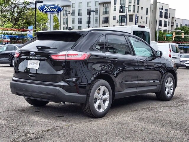 2021 Black Metallic Ford Edge SE Automatic FWD 4 Door SUV EcoBoost 2.0L I4 GTDi DOHC Turbocharged VCT Engine