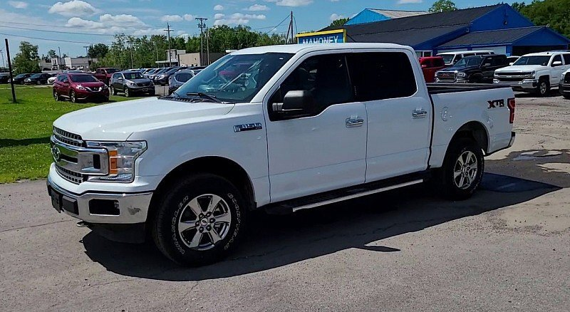 2019 Oxford White Ford F-150 XLT 4X4 4 Door Automatic Truck V8 Flex Fuel 5.0 Liter Engine