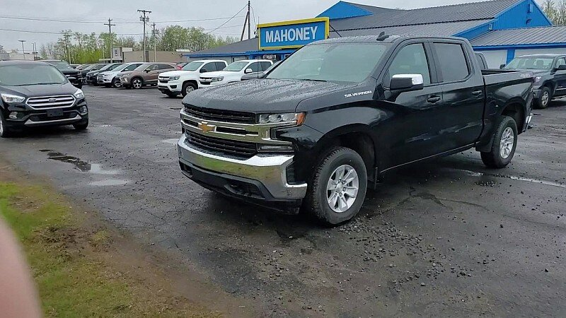 2019 Black Chevrolet Silverado 1500 4WD LT Automatic 4X4 4 Door Truck 4-Cyl Turbo 2.7 Liter Engine