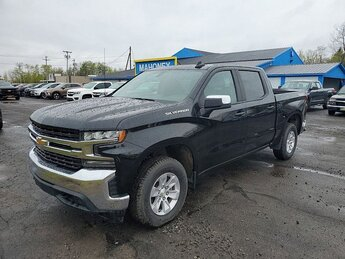 2019 Black Chevrolet Silverado 1500 LT 4-Cyl Turbo 2.7 Liter Engine 4 Door Truck