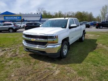 2018 Summit White Chevrolet Silverado 1500 LT Automatic V8 EcoTec3 5.3 Liter Engine Truck