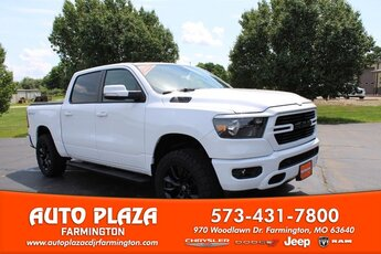 2020 Bright White Clearcoat Ram 1500 Big Horn 5.7L Engine 4X4 4 Door Truck Automatic