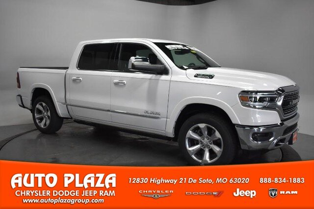 2019 Ivory White Tri-Coat Pearlcoat Ram 1500 Limited Truck 4X4 Engine