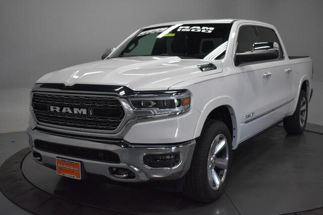 2019 Ivory White Tri-Coat Pearlcoat Ram 1500 Limited Truck Engine 4 Door 4X4