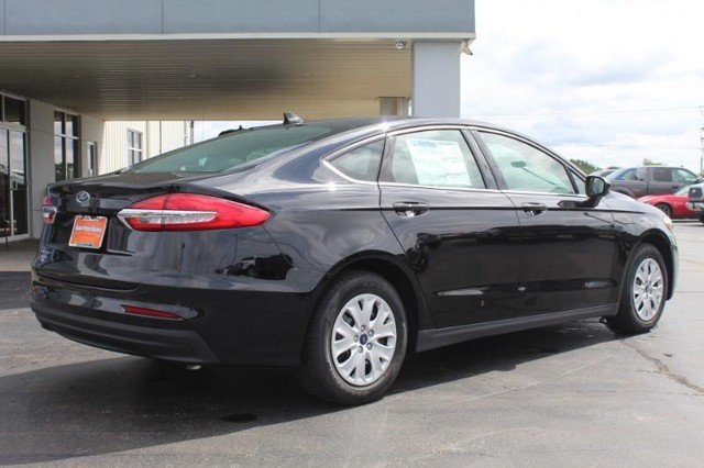 2020 Ford Fusion S FWD Sedan 4 Door Automatic