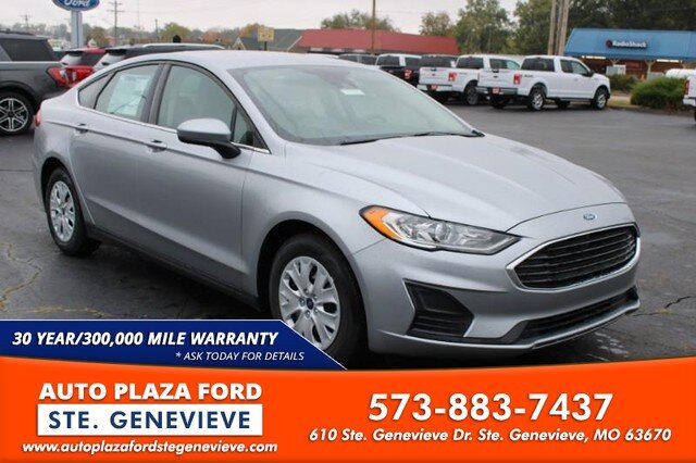 2020 Iconic Silver Metallic Ford Fusion S FWD 4 Door 2.5L Engine Automatic