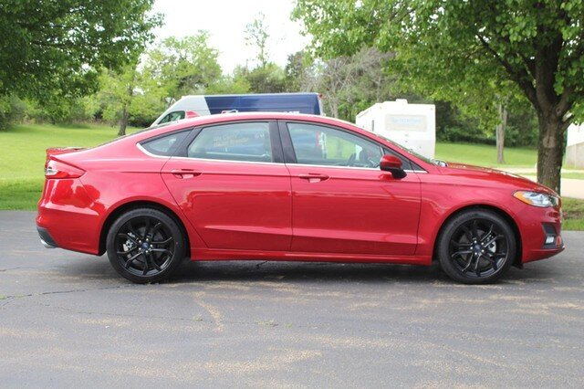 2020 Ford Fusion SE Automatic 4 Door 1.5L Turbocharged Engine FWD Sedan