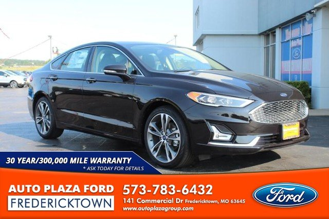 2020 Agate Black Metallic Ford Fusion Titanium FWD 4 Door 2.0L Turbocharged Engine