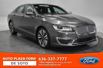 2017 Magnetic Gray Metallic Lincoln MKZ Reserve 4 Door Sedan Automatic 2.0L Turbocharged Engine FWD