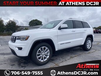 2021 Bright White Clearcoat Jeep Grand Cherokee Laredo X 4 Door Automatic RWD