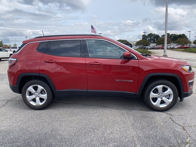 2021 Redline Pearlcoat Jeep Compass Latitude Regular Unleaded I-4 2.4 L/144 Engine FWD Automatic
