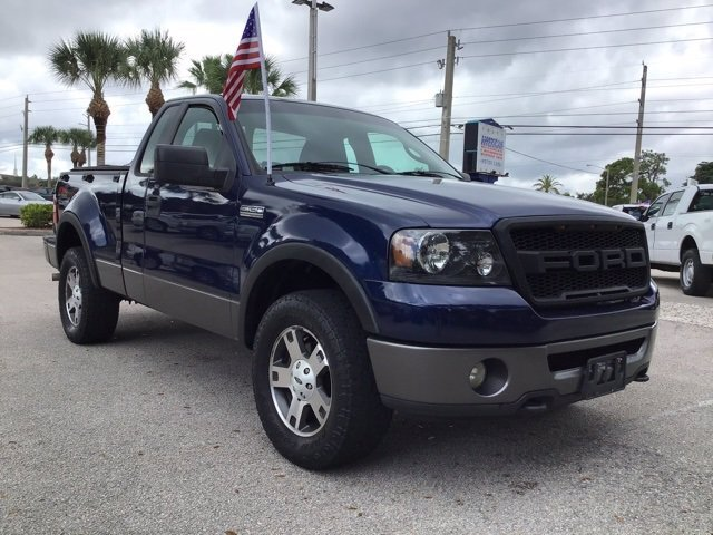 2008 Dark Blue Pearl Clearcoat Metallic Ford F-150 XLT 5.4L V8 EFI 24V Engine 4X4 2 Door Truck Automatic