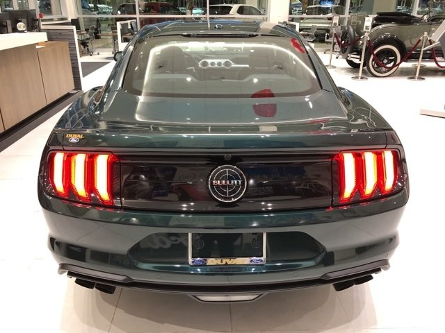 2019 Dark Highland Green Metallic Ford Mustang Bullitt Manual RWD 5.0L V8 Ti-VCT Engine 2 Door Coupe