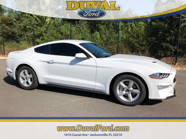 2019 Oxford White Ford Mustang EcoBoost Coupe RWD 2 Door EcoBoost 2.3L I4 GTDi DOHC Turbocharged VCT Engine