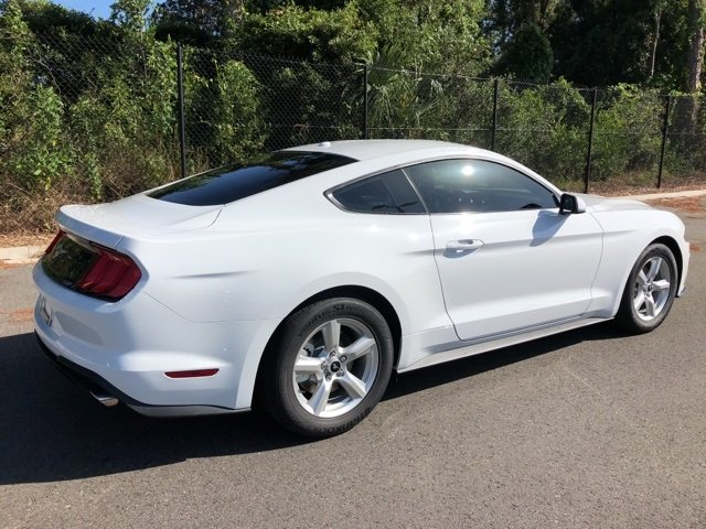 2019 Ford Mustang EcoBoost Coupe Automatic EcoBoost 2.3L I4 GTDi DOHC Turbocharged VCT Engine 2 Door RWD