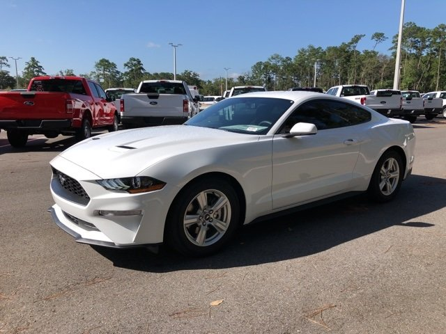 2019 Oxford White Ford Mustang EcoBoost EcoBoost 2.3L I4 GTDi DOHC Turbocharged VCT Engine Automatic Coupe