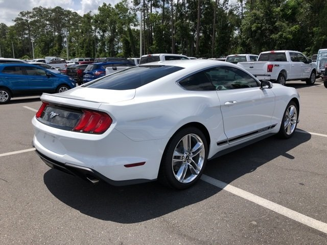 2018 Ford Mustang EcoBoost Premium EcoBoost 2.3L I4 GTDi DOHC Turbocharged VCT Engine Coupe RWD