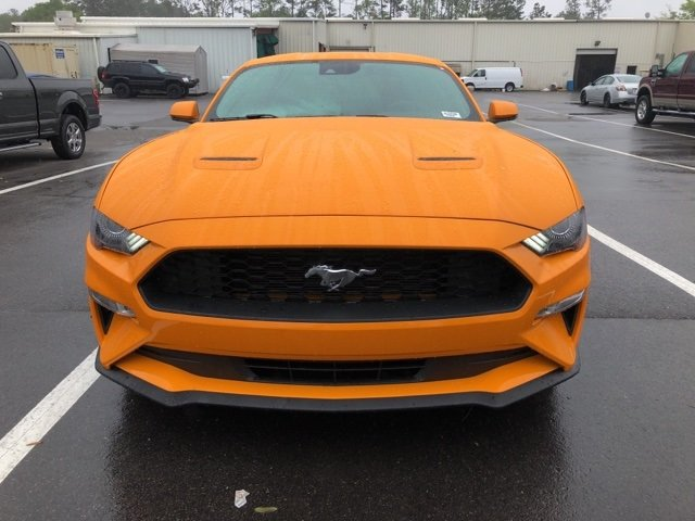 2018 Orange Fury Metallic Tri-Coat Ford Mustang RWD 2 Door EcoBoost 2.3L I4 GTDi DOHC Turbocharged VCT Engine