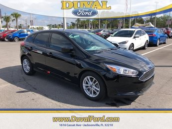 2018 Shadow Black Ford Focus SE Automatic Hatchback 4 Door I4 Engine