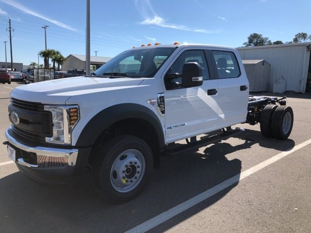 2019 Oxford White Ford Super Duty F-450 DRW XL Truck Automatic 4 Door Power Stroke 6.7L V8 DI 32V OHV Turbodiesel Engine 4X4