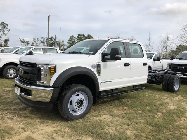 2019 Oxford White Ford Super Duty F-550 DRW XL Truck Automatic 6.7L V8 Engine