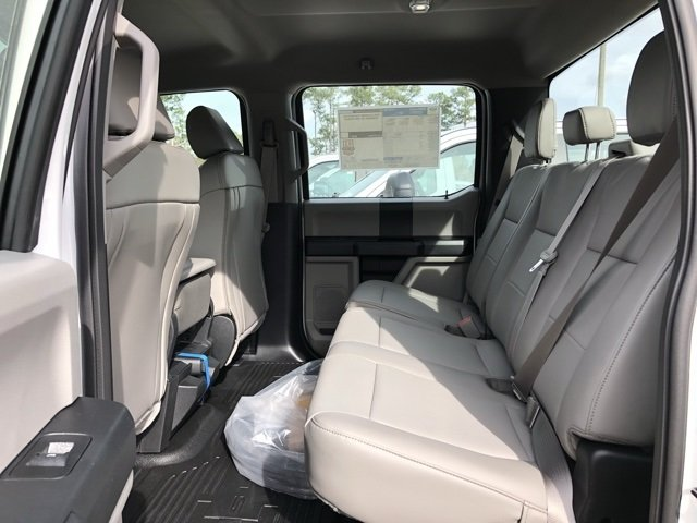 2019 Oxford White Ford Super Duty F-550 DRW XL Automatic RWD 4 Door 6.7L V8 Engine