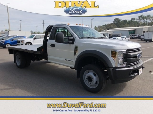 2019 Oxford White Ford Super Duty F-550 DRW XL Truck RWD 2 Door Automatic V8 Engine