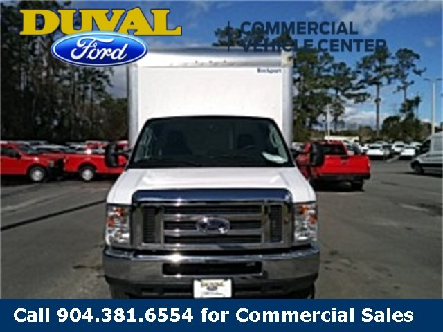 2019 Oxford White Ford E-450SD Base 6.8L V10 Engine 2 Door RWD Car