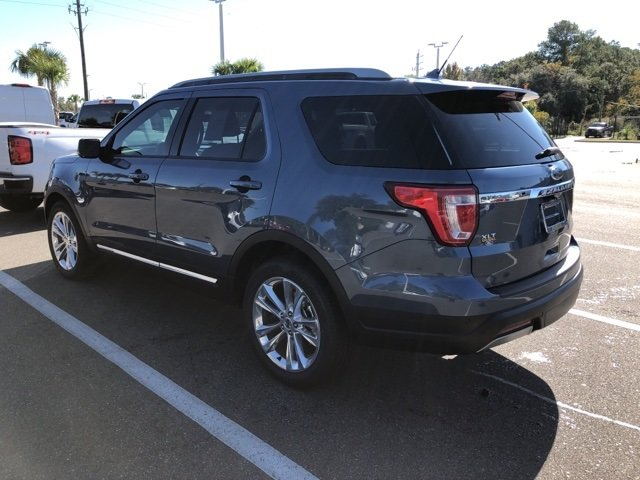 2019 Blue Metallic Ford Explorer XLT FWD SUV Automatic