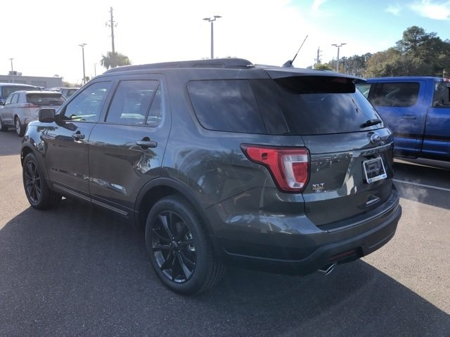2019 Ford Explorer XLT 4 Door 3.5L V6 Ti-VCT Engine Automatic SUV