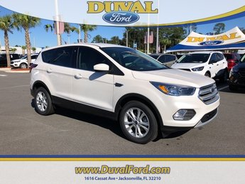 2019 White Platinum Clearcoat Metallic Ford Escape SE 4 Door Automatic FWD EcoBoost 1.5L I4 GTDi DOHC Turbocharged VCT Engine SUV
