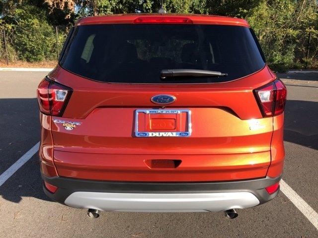 2019 Ford Escape SE SUV FWD EcoBoost 1.5L I4 GTDi DOHC Turbocharged VCT Engine Automatic