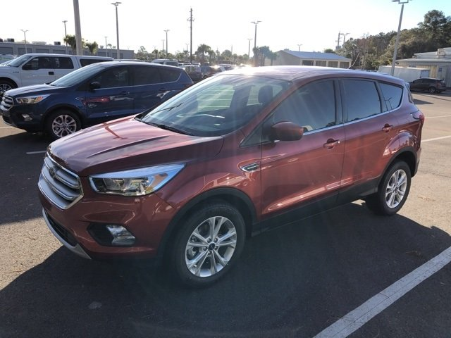 2019 Ford Escape SE EcoBoost 1.5L I4 GTDi DOHC Turbocharged VCT Engine SUV 4 Door FWD
