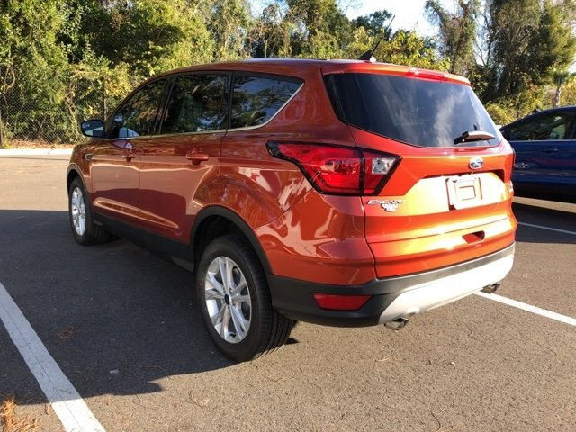 2019 Sedona Orange Metallic Ford Escape SE Automatic FWD EcoBoost 1.5L I4 GTDi DOHC Turbocharged VCT Engine 4 Door SUV