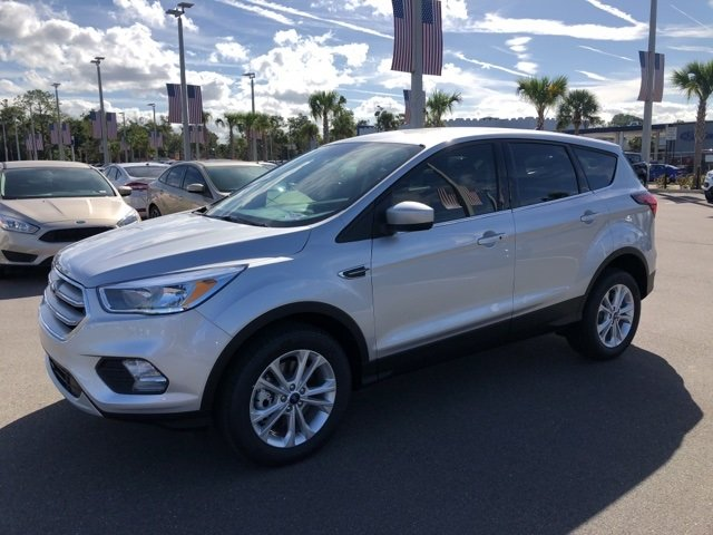 2019 Ford Escape SE 4X4 EcoBoost 1.5L I4 GTDi DOHC Turbocharged VCT Engine 4 Door SUV Automatic
